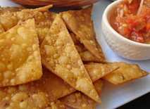 corn_chips_with_salsa
