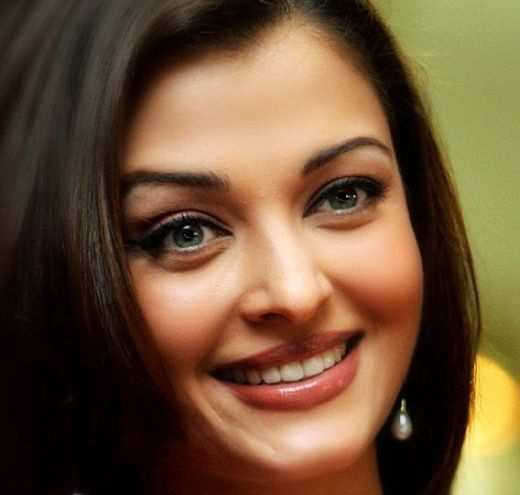 aishwarya-smile