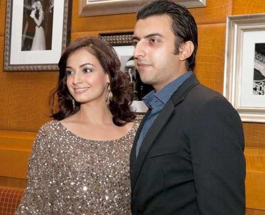 Dia-mirza-Sahil-sangha-marry