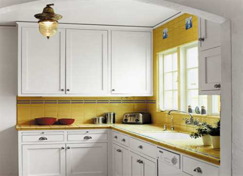 Light-Color-for-Kitchen