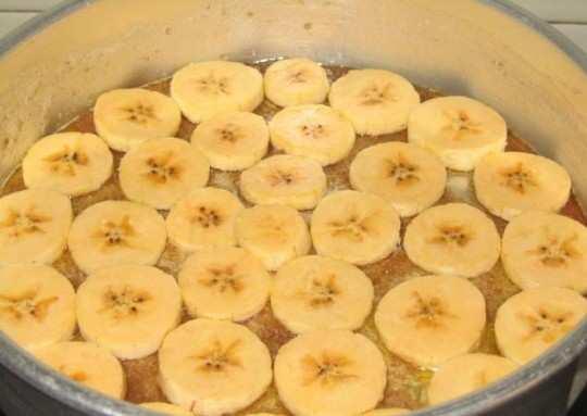banana-cake-base