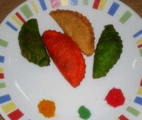 colorful-gujiya