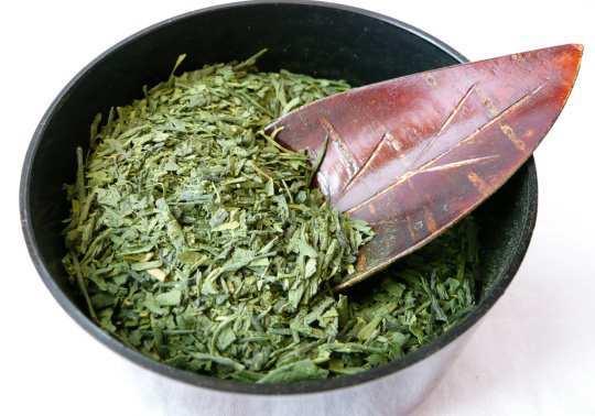 green-tea-leif