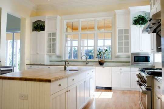 small-kitchens-in-window