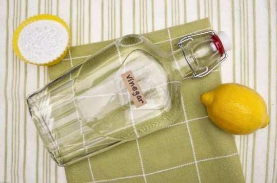 white-vinegar-for-soft-hands