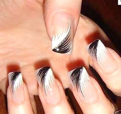 black-and-white-feather-nail-art