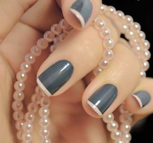 dark-french-nail-art