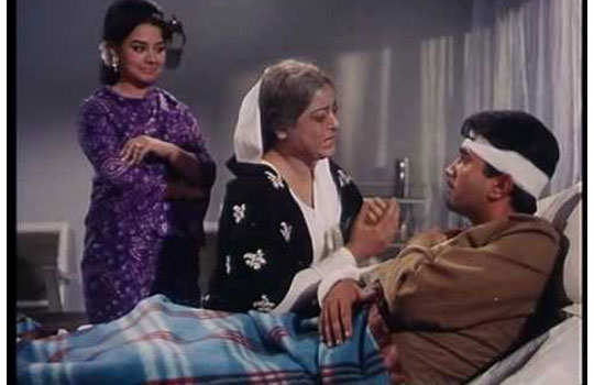 epic-funny-dialogues-hindi-movies-hospital-scene