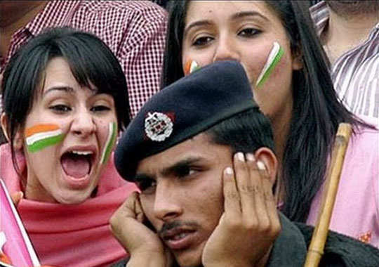 funny-pics-from-cricket-pitch-10