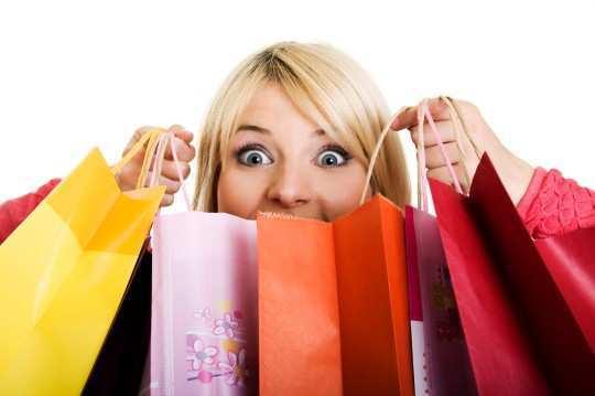 girl-shopping-bags