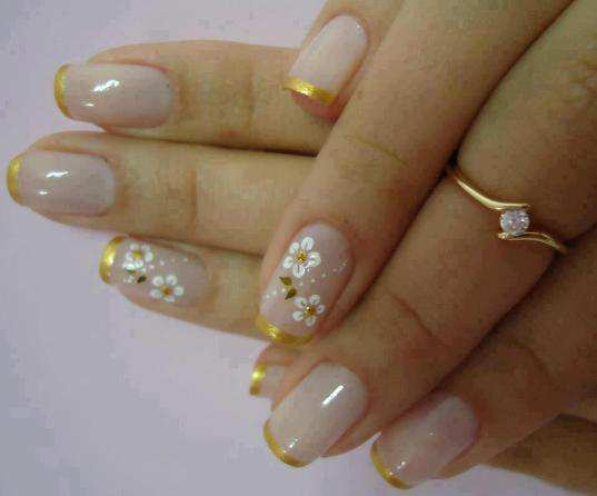 gold-tip-french-nails