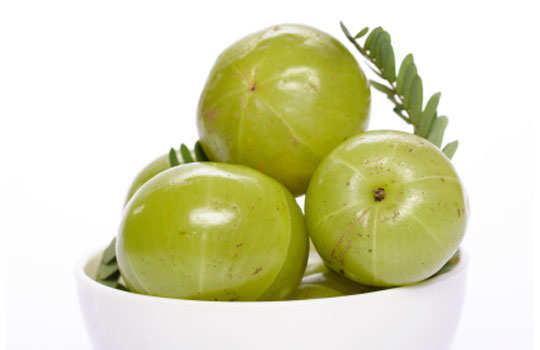 herbal-remedy-for-gray-hair-amla