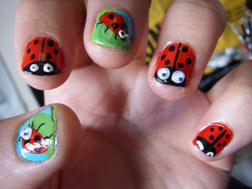 lady-bird-nail-art