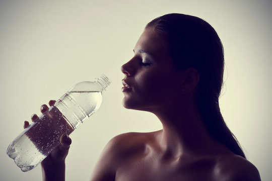remedies-to-get-rid-of-hangover-water