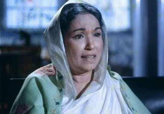 Lalita-Pawar-in-bahu-rani