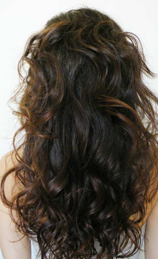 How To Make Hair Curl Inwards Naturally