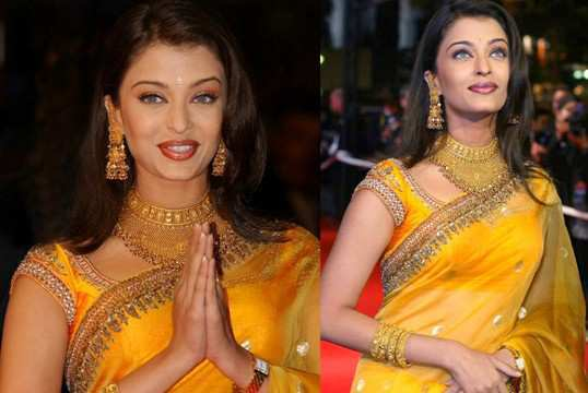 aishwarya-rai-in-red-carpet-2001