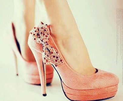bow-heels