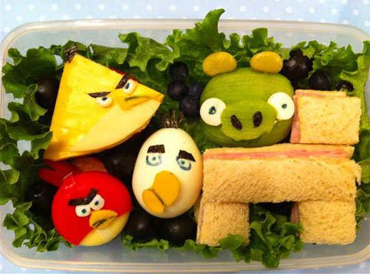 creative-yummy-food-display-3