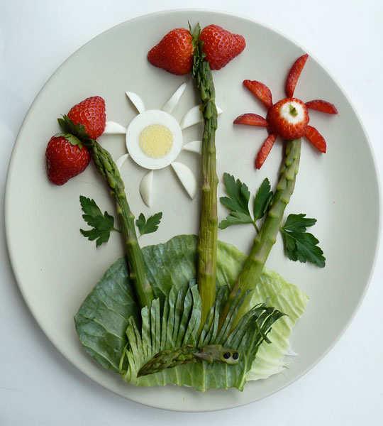 creative-yummy-food-display-6