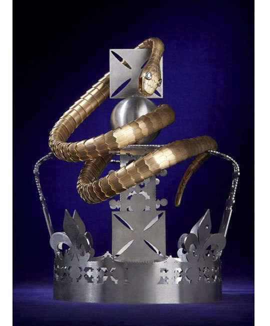 designers-reimagining-crown-of-elizabeth-7