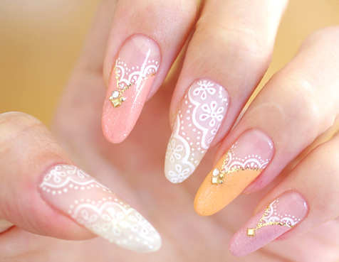 embellished-lace-nails
