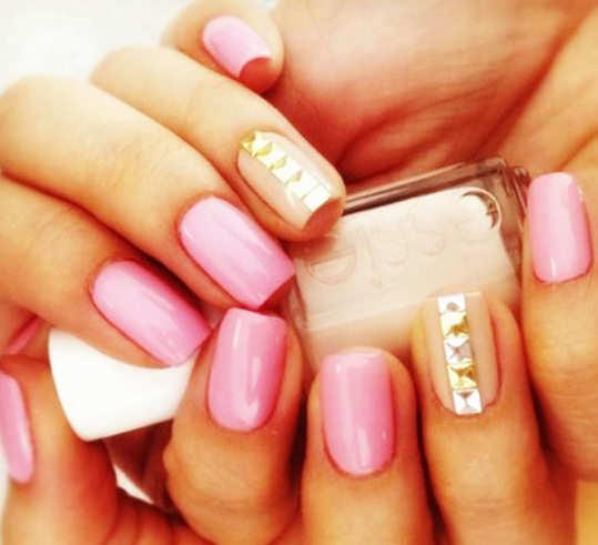 embellished-nail-arts-12