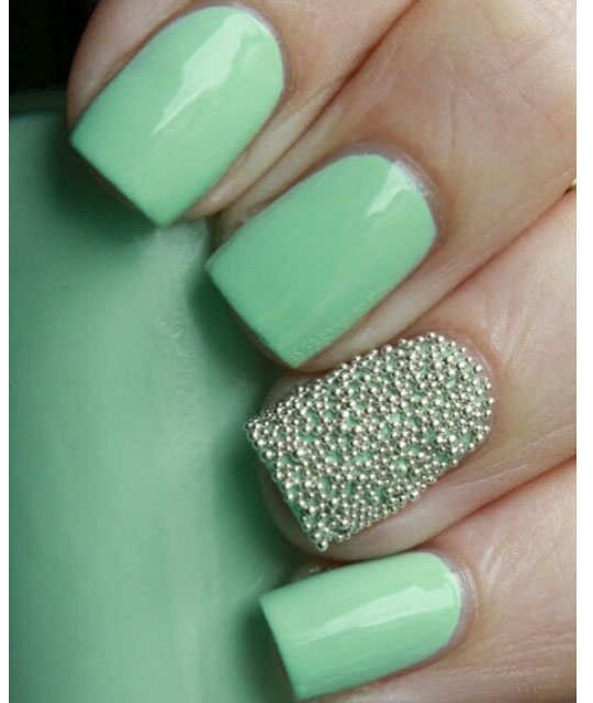 embellished-nail-arts-16