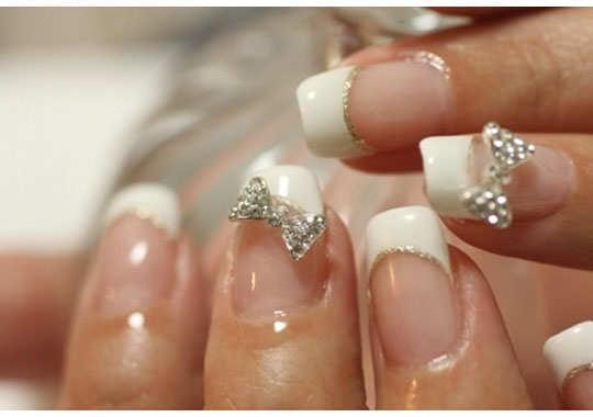 embellished-nail-arts-19