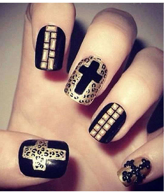 embellished-nail-arts-5