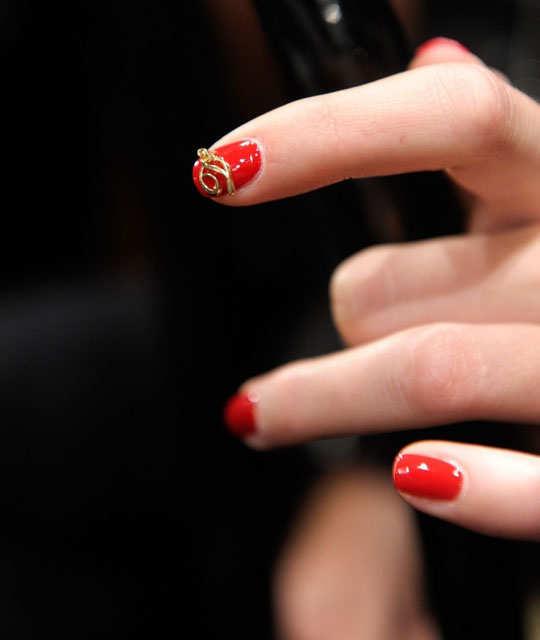 embellished-nail-arts-8