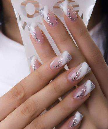 embellished-nails