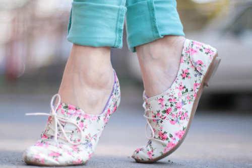 floral-flat-pumps
