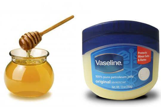 lip-care-honey-vaseline