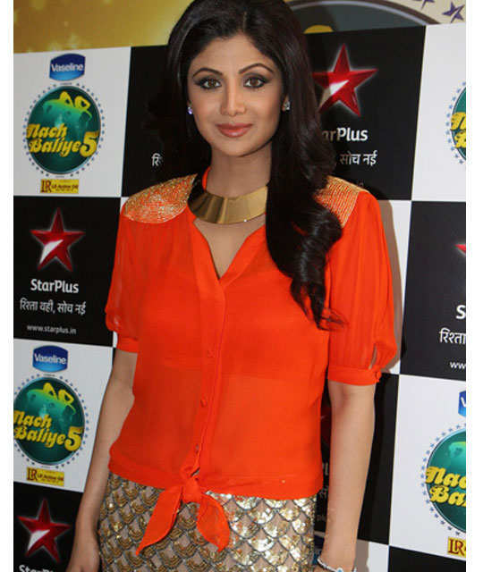 neon-style-with-bollywood-5