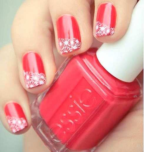 red-lace-nails