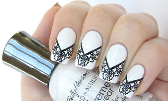 white-and-black-lace-nails