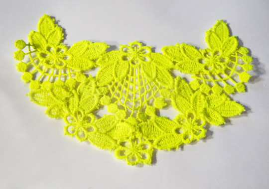 Neon-lace-necklace4