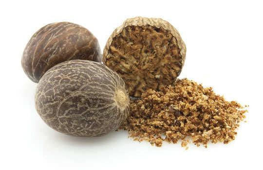 age-spot-home-remedies-nutmeg