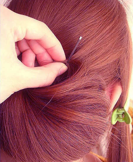 diy-party-hairdo-step-7