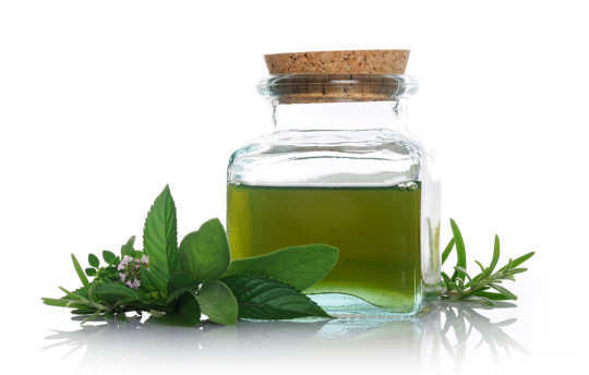 food-poisoning-peppermint-oil
