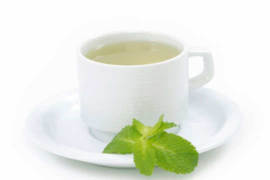 home-remedies-to-get-rid-of-hangover-peppermint