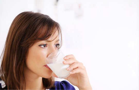 leg-cramp-home-remedies-hot-milk