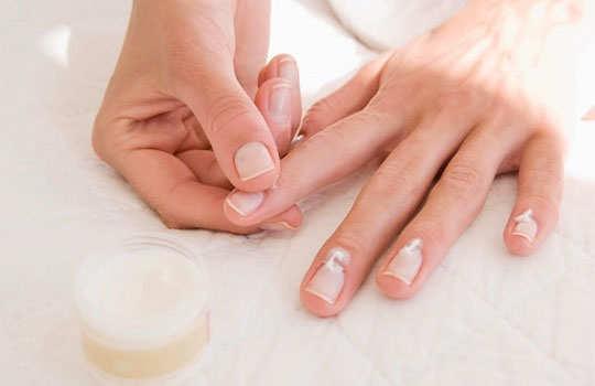 manicure-diy-step-6-b