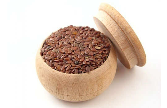 menstruation-pain-home-remedies-flaxseeds