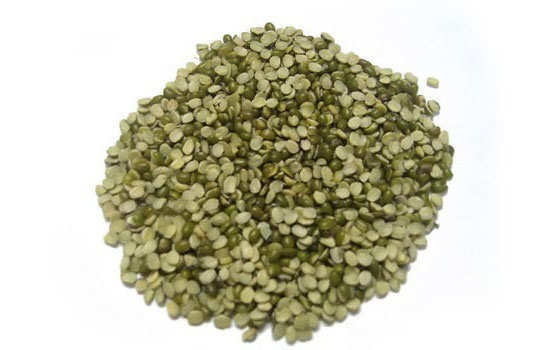 reduce-sweating-home-remedies-green-moong-dal