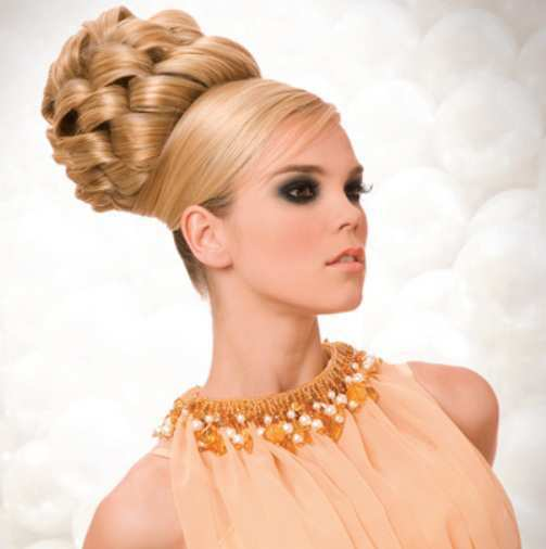 Beehive-Hairstyle-3