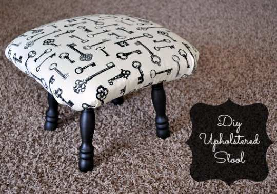 Diy-Upholstered-Stool