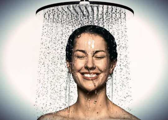 Hot-shower-bath