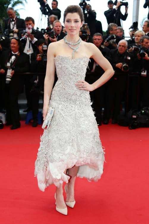 Jessica-Biel-at-Cannes-2013